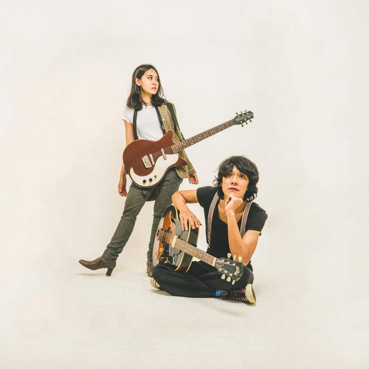 "Wisnu Adji dan Tanya Ditaputri menjadi Duo Rad Rat dan merilis Single Perdana ""Marionettes"""
