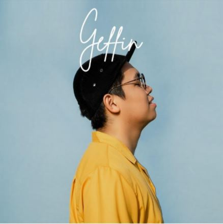 Musisi Muda Berbakat, Geffin Persembahkan Single Debut 'Usaha & Cinta Ibu' untuk Sang Ibu.